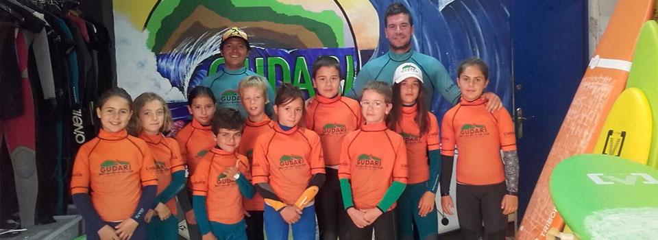 Alumnos de Surf en Mundaka