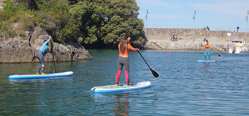 Standup paddleboarding in Mundaka Marine