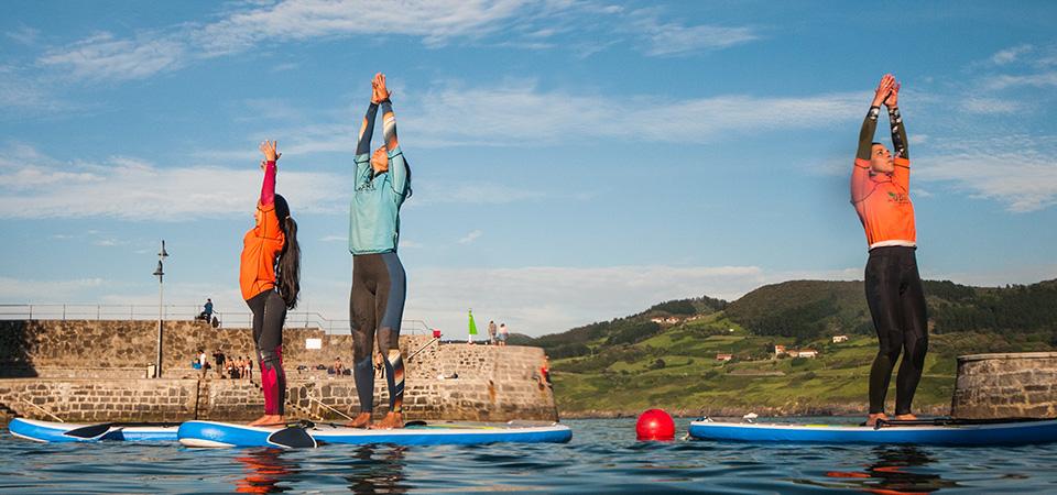 Paddle Pilates and Yoga in sunset Mundaka
